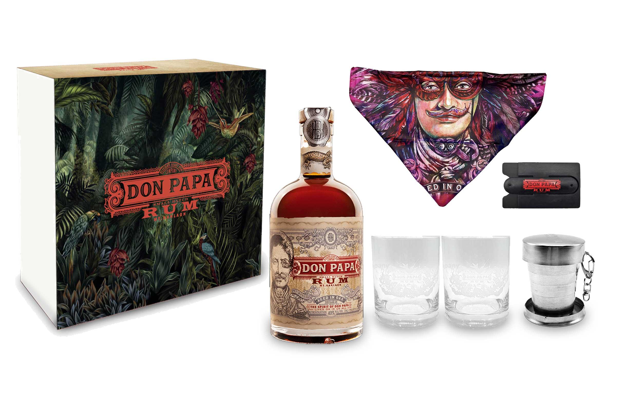 Don Papa Schuber Geschenkset Rum 0,7l (40% Vol) + 2 Tumbler Gläser + Halstuch + einklappbarem Jigger Anhänger + Handy Karten Halterung zum aufkleben - [Enthält Sulfite]