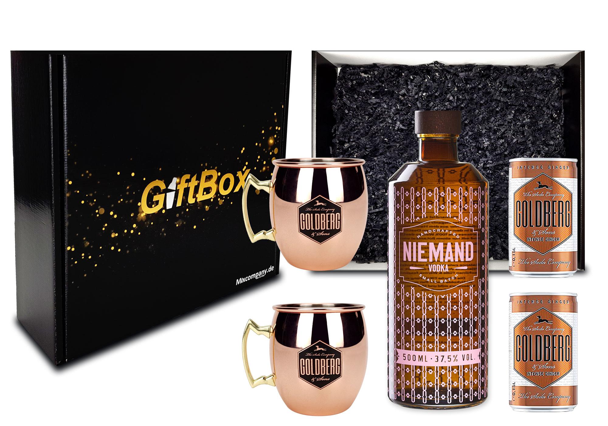 Moscow Mule Set Giftbox Geschenk Box Geschenkset Niemand Vodka Small Batch Handcrafted Wodka 0,5l 500ml (37,5% Vol) + 2x Goldberg Intense Ginger 0,15l inkl. Pfand EINWEG + 2x Mule Becher- [Enthält Sulfite]