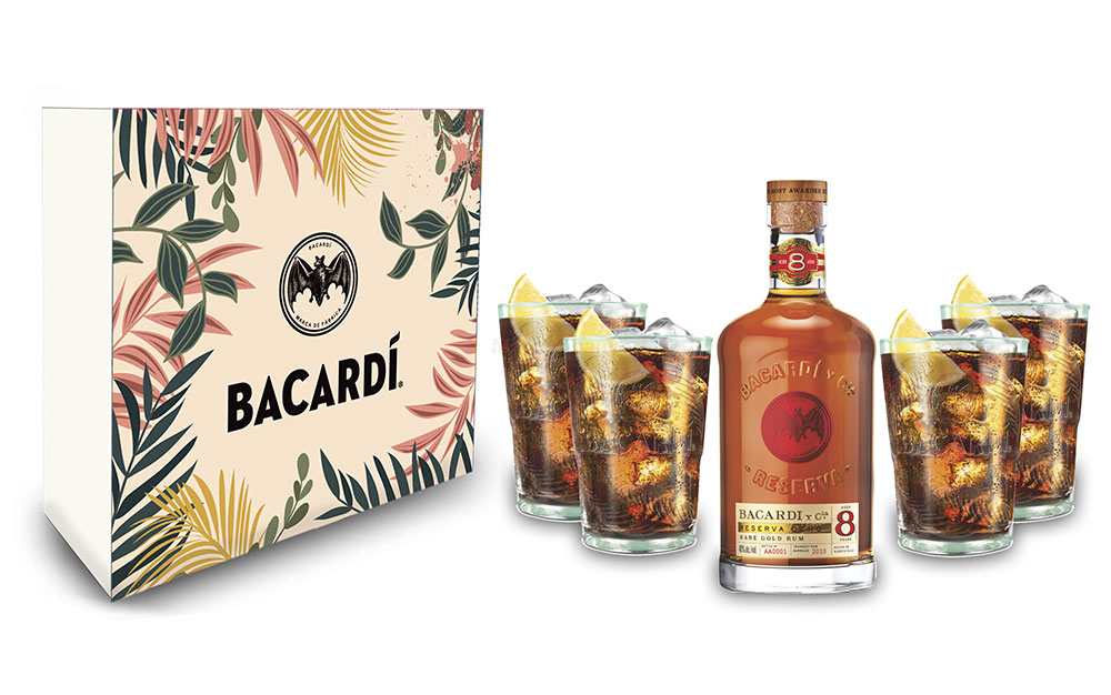 Bacardi Geschenkset - Bacardi Ron 8 Anos Gran Reserva Rum 0,7l (40% Vol) + 4er Set Gläser / Longdrink Glas - [Enthält Sulfite]