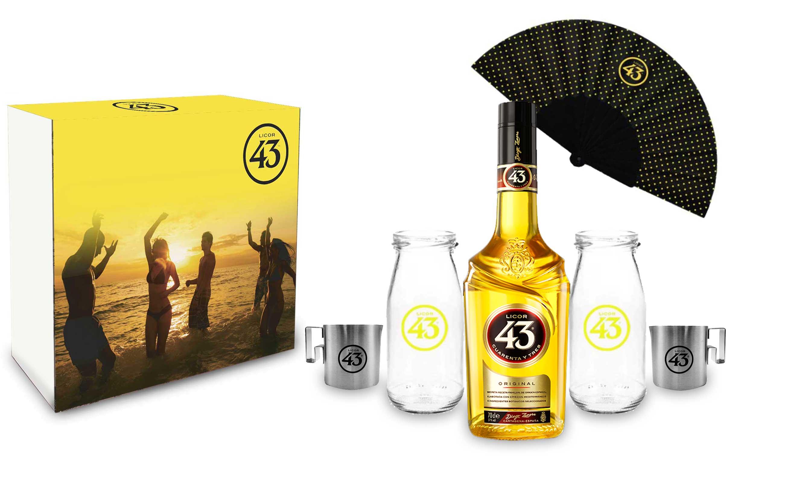 Licor 43 Schuber Geschenkset Cuarenta y Tres 0,7l (31% Vol) + 2x Milch Flasche/ Gläser +2x Kaffee Kännchen + 1 Fächer- [Enthält Sulfite]