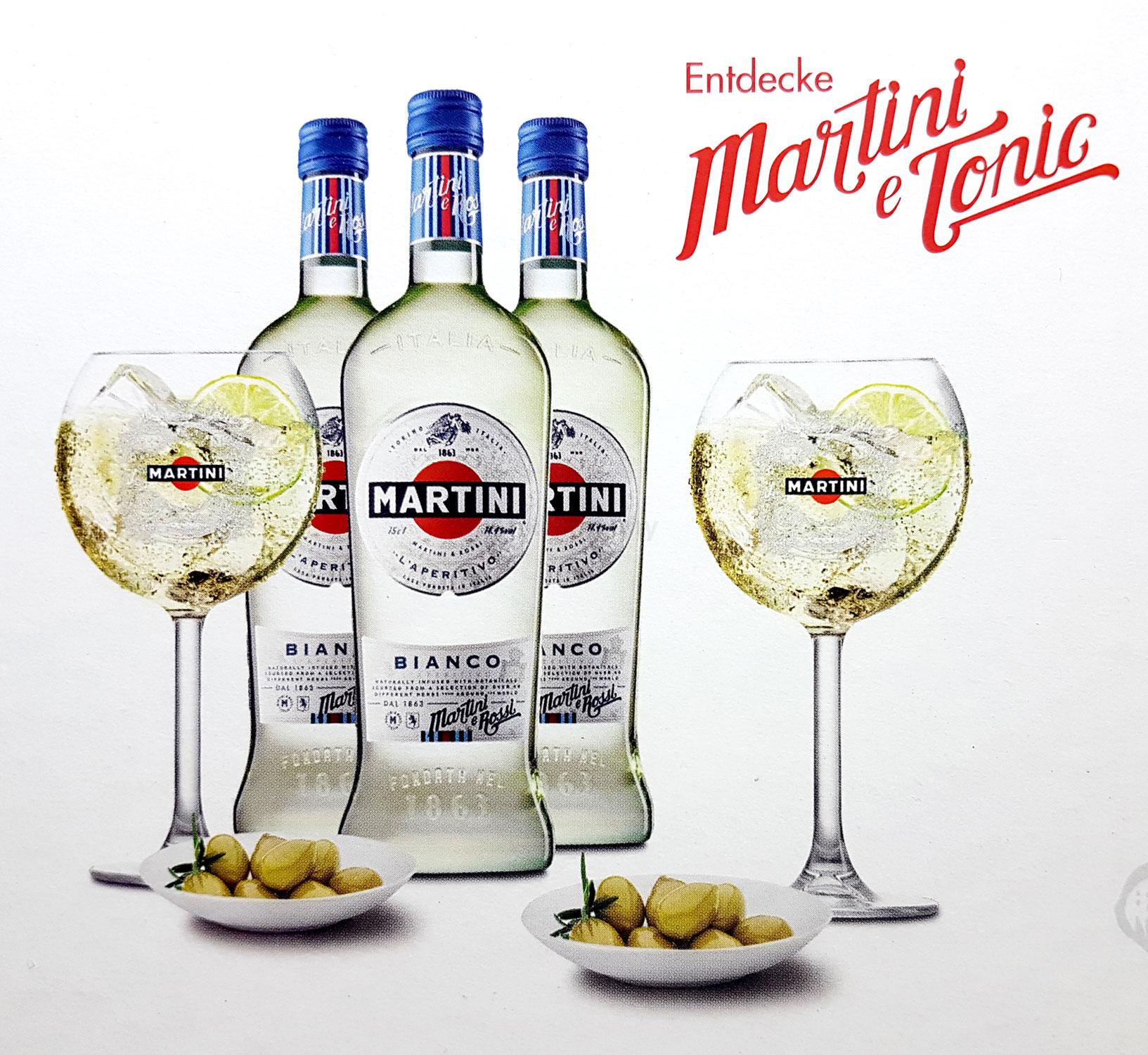 Martini Set - 3x Martini Bianco 0,75l (14,4% Vol) + 2x Gläser + OHNE SCHALEN -[Enthält Sulfite]