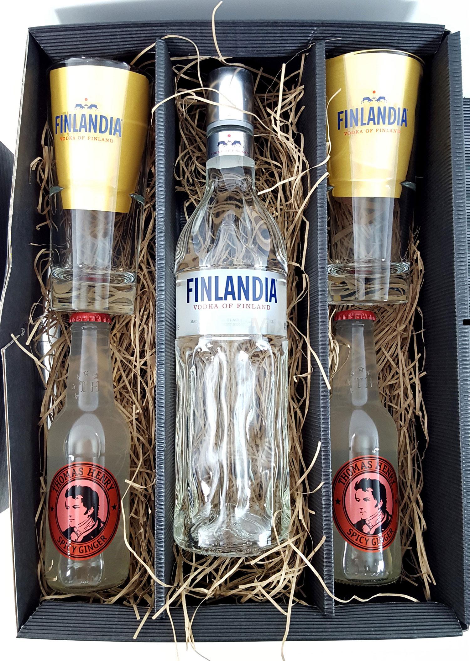 Finlandia Set / Geschenkset - Finlandia Vodka of Finland 1L (40% Vol) + 2x Gläser 2/4cl geeicht + 2x Thomas Henry Spicy Ginger 200ml - Inkl. Pfand MEHRWEG