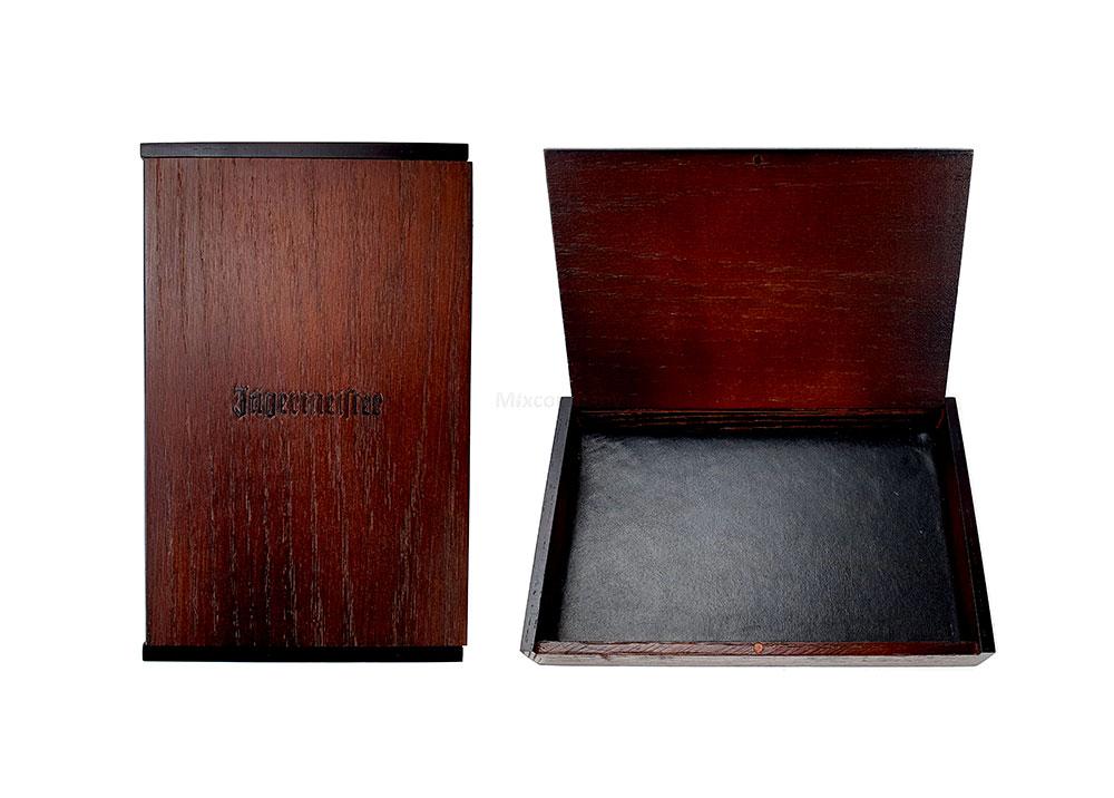 Jägermeister Box - Holzbox mit Magnetverschluss / Boden aus Lederoptik