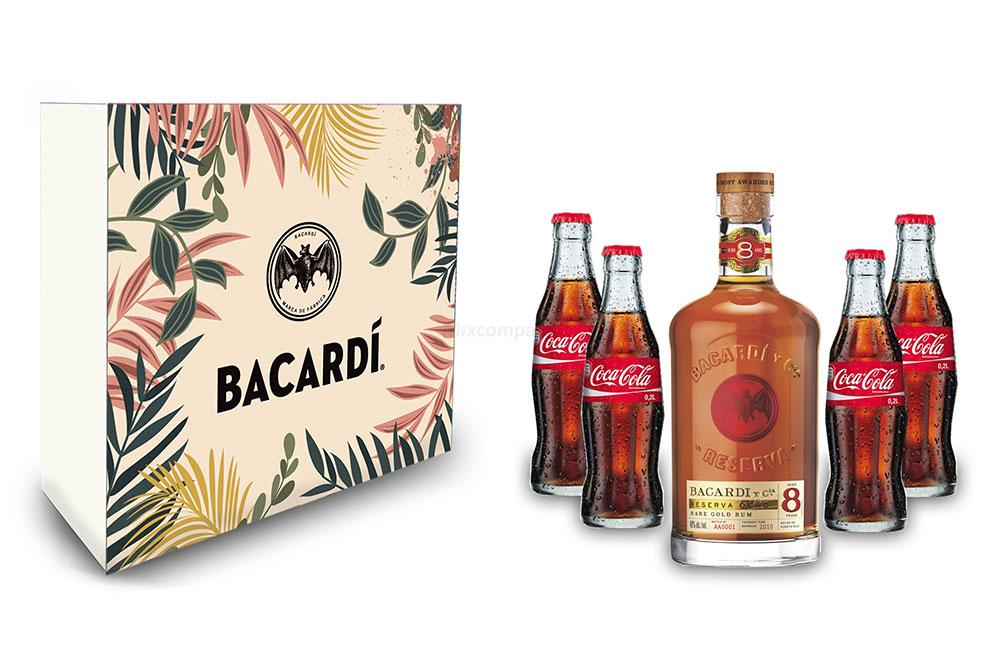 Bacardi Geschenkset - Bacardi Ron 8 Anos Gran Reserva 8 Jahre Rum 0,7l (40% Vol) + 4x Coca Cola 0,2L Inkl. Pfand MEHRWEG- [Enthält Sulfite]