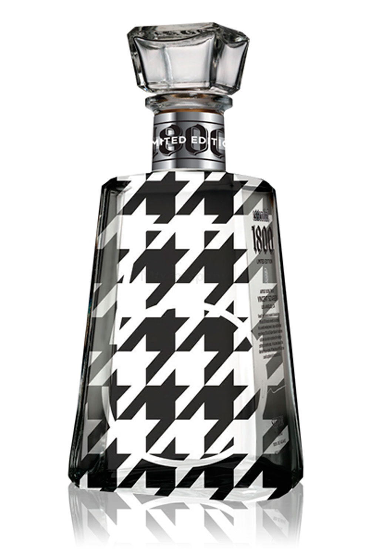 Jose Cuervo Essential 1800 Silver Tequila 0,7l (40% Vol) - Limited Edition Series 5 - Vincent Szarek -[Enthält Sulfite]